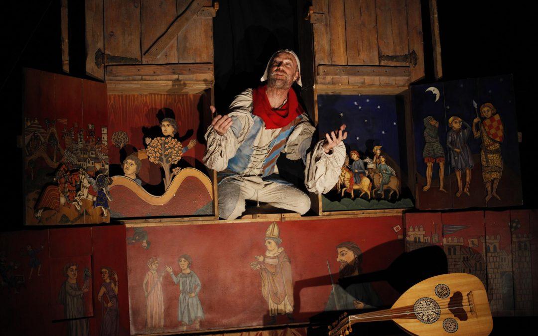 Un teatro histórico representa la declaración del Parque Nacional en los seis municipios de Ordesa y Monte Perdido